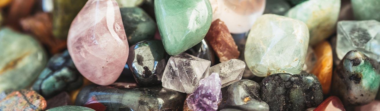 La lithothérapie: quand les pierres s'invitent dans notre salle de bain!